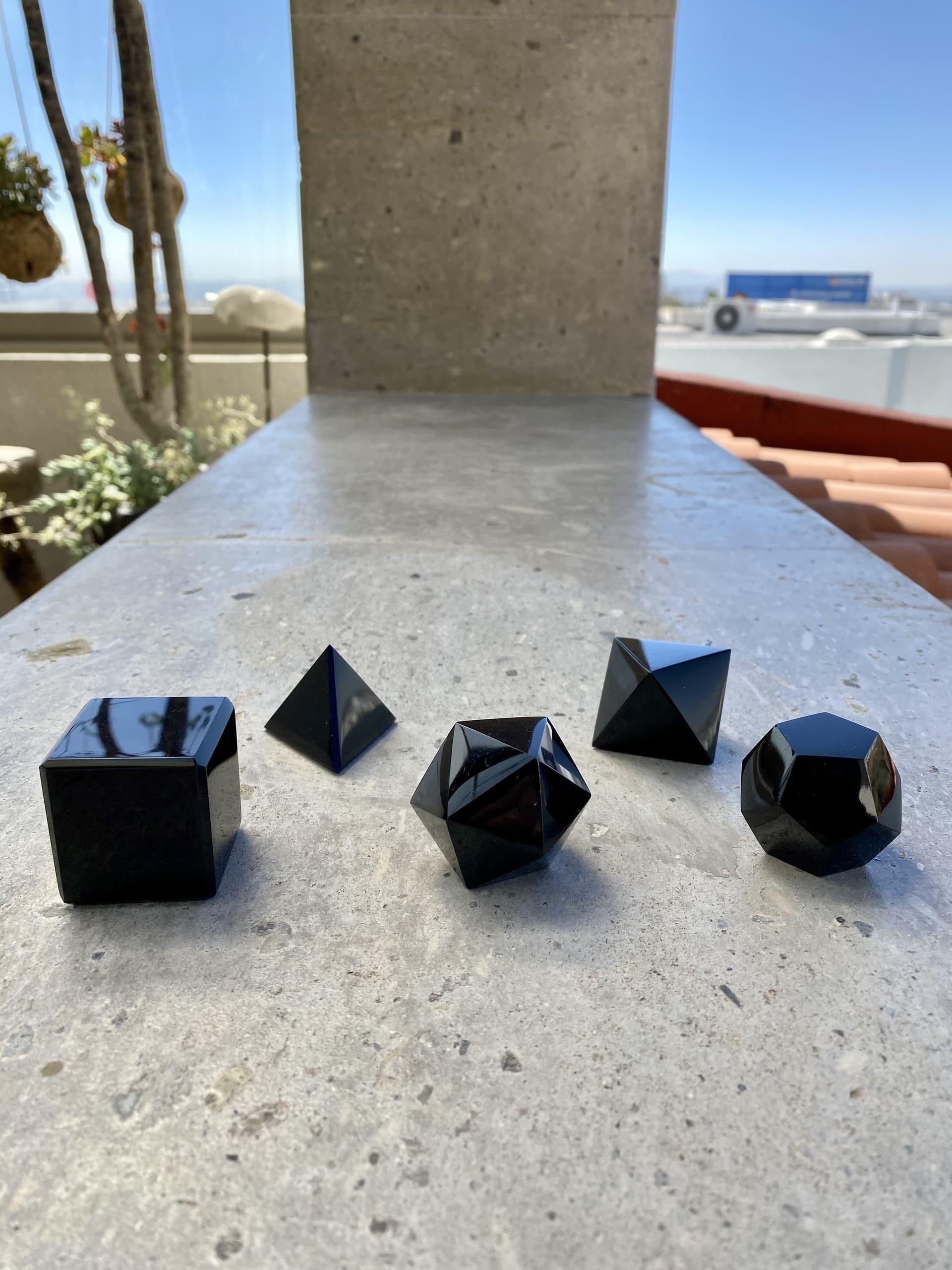 solidos-platonicos-obsidiana-artesanales-Osaya-COA30