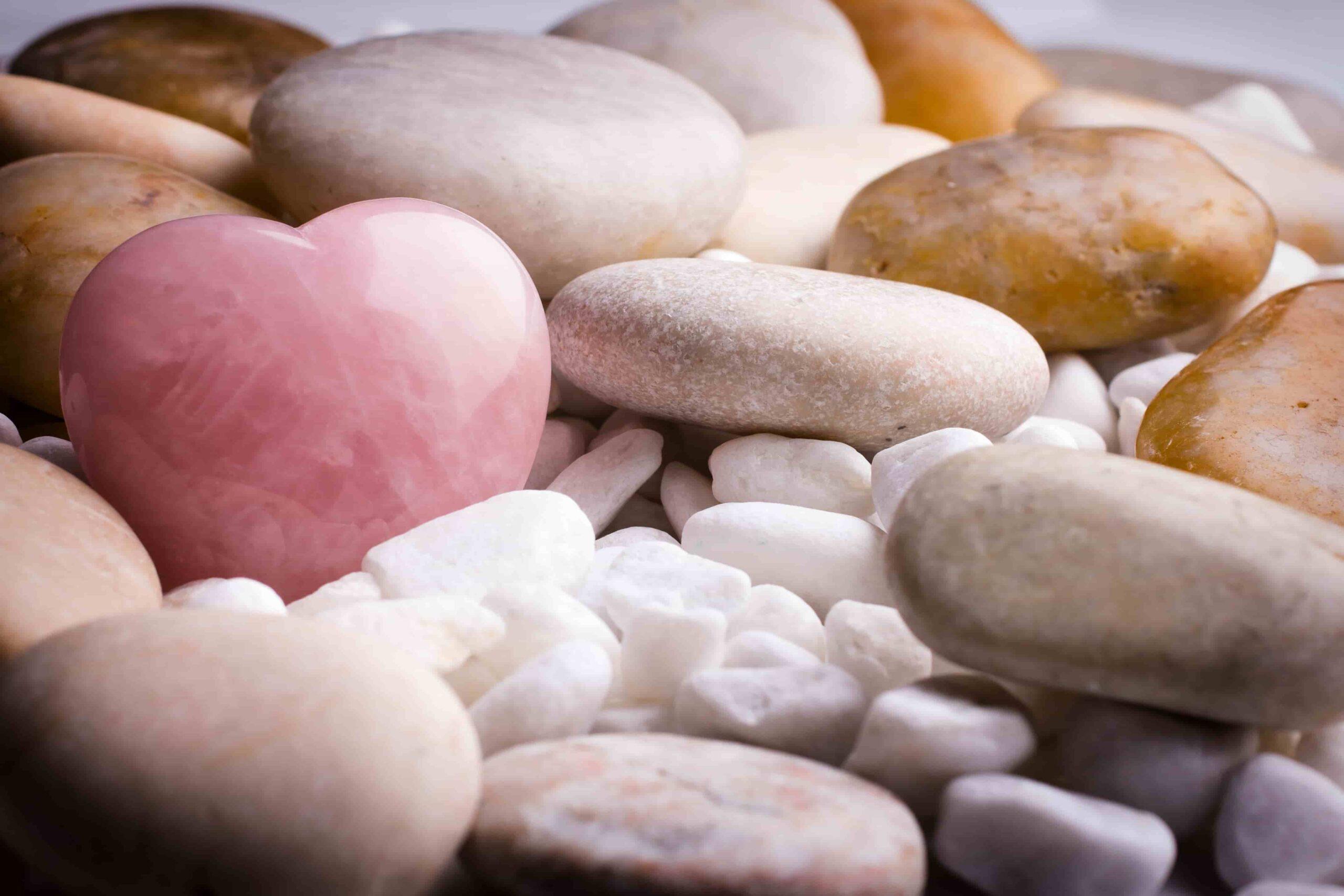 muchas-piedras-preciosas-cuarzo-corazon (2)